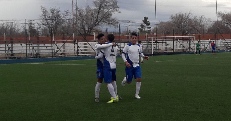 Rivadavia lo ganó desde la defensa