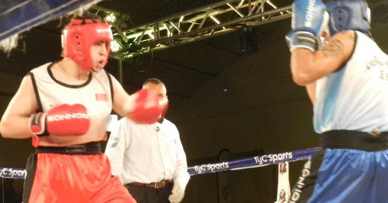 Box: Palacios y Rodríguez pelean en Rincón