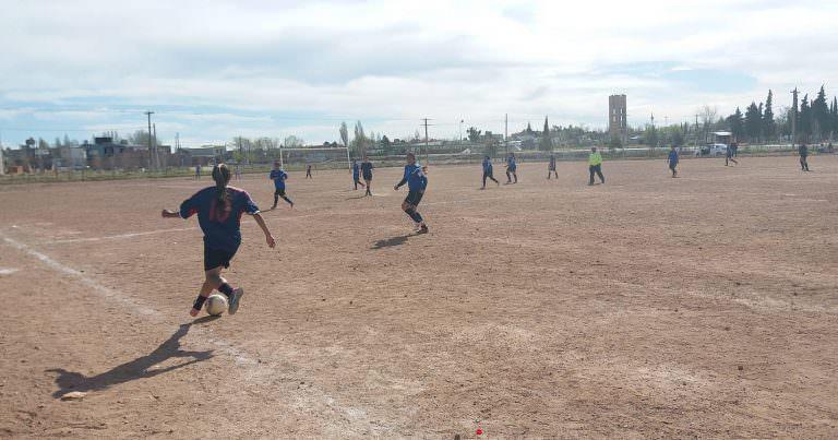 El fútbol femenino de Dire Dep juega el primer amistoso