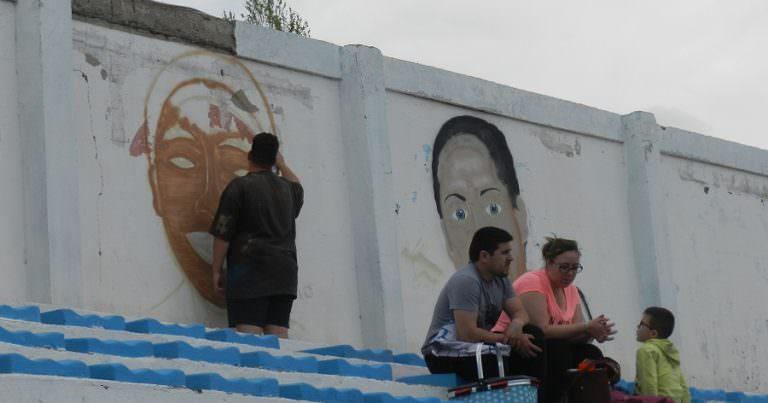 Comenzaron a pintar los murales de Aguirre y Guiñez