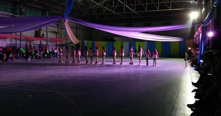 La escuela Municipal de Patín despidió el 2018 bailando