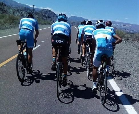La selección de ciclismo ya entrena en Calingasta