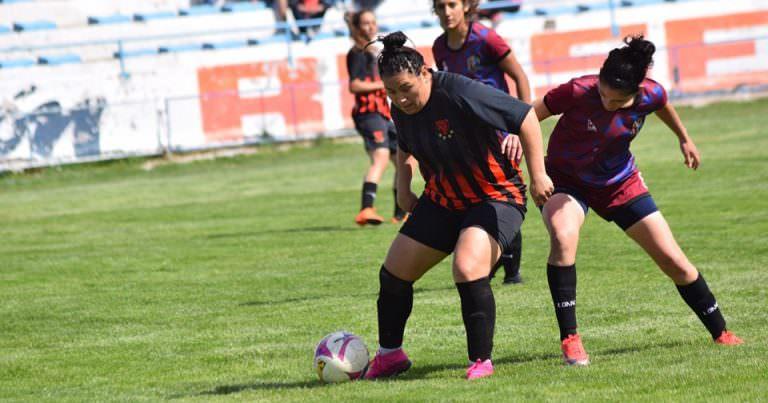 Yeni González la delantera de Petro que sigue sumando títulos