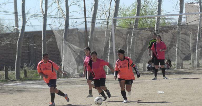 Arranca el Torneo de fútbol femenino de Dire Dep