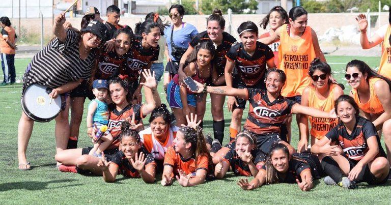 Las chicas de Petrolero se medirán con River Plate