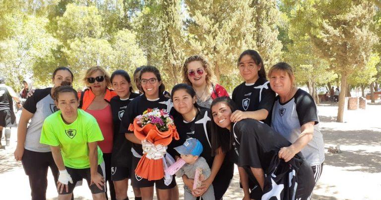 Fútbol femenino: Torneo contra la violencia hacia la mujer.