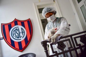 Clubes argentinos pondrán a disposición las instalaciones por el coronavirus